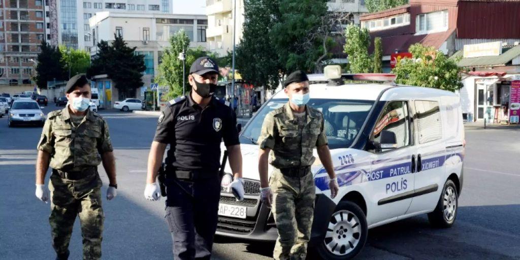 Nachtliche Demonstration In Aserbaidschan Fur Militaroffensive Gegen Armenien