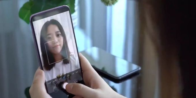 Xiaomi In-Display-Kamera Smartphone