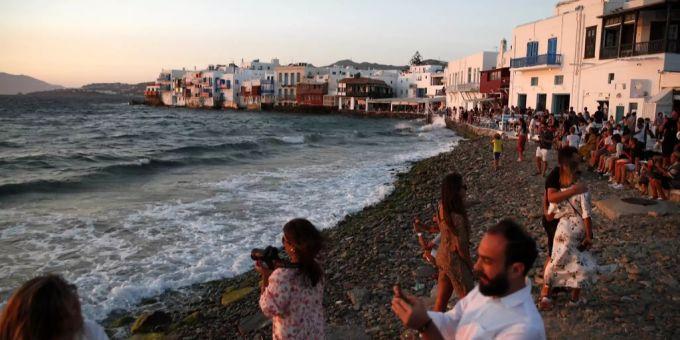 Griechenland Verscharft Corona Beschrankungen Weiter