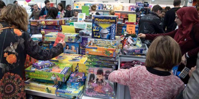 Weihnachtsgeschenke Haushalt.Männer Zahlen Mehr Für Weihnachtsgeschenke Als Frauen