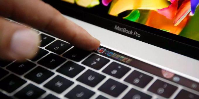 Apple flickt Macbook Pro mit Flexgate-Bildschirmproblem gratis