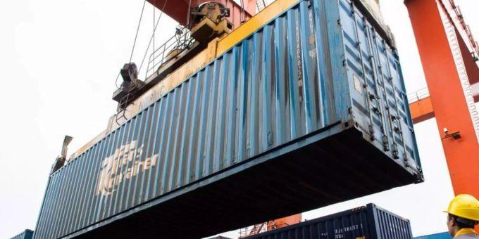 Kiel - IfW: Weiter Stau im Container-Schiffsverkehr in China