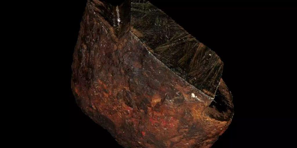 Meteorit trägt bisher unbekannte Substanz in sich