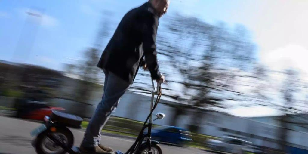 mehrheit der deutschen will nicht mit e scootern fahren. Black Bedroom Furniture Sets. Home Design Ideas