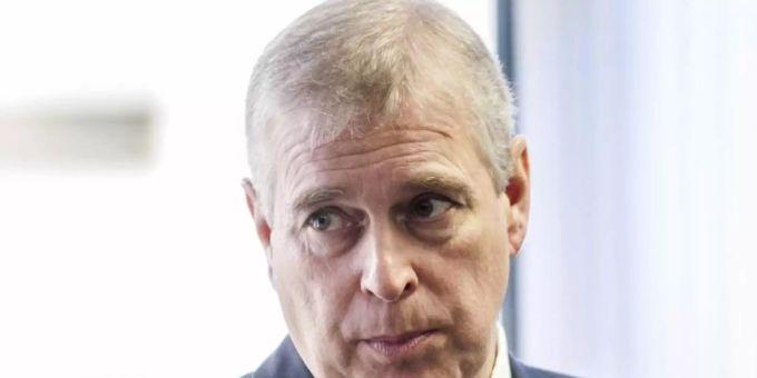 Nello scandalo degli abusi, il dolore del principe Andrea cresce.  Foto: David Parker/Dail Mail Pool/AP/dpa