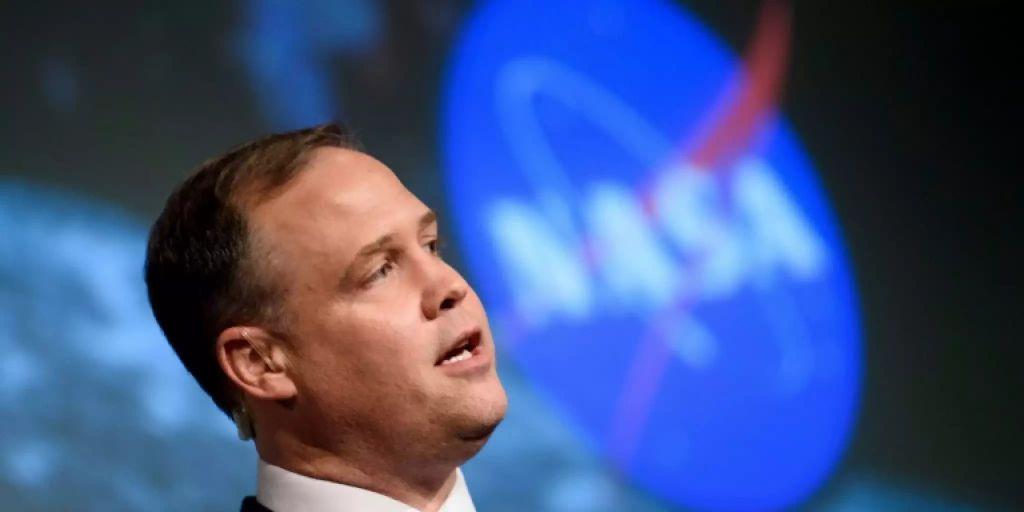 USA baldmöglichst wieder auf dem Mond präsent – und dann für immer