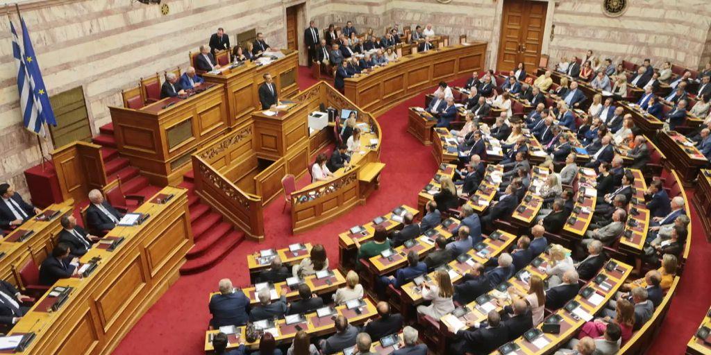 Athener Parlament entscheidet über Kontrolle von Ministerien