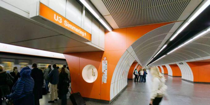 Wien Bald Generelles Essverbot In Untergrundbahnen