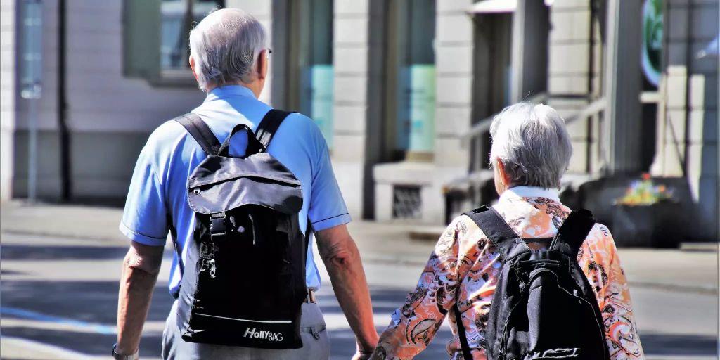 Pro Senectute würde Safer-Sex für Senioren unterstützen