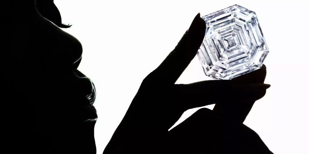 zweitgr sster diamant der welt wurde pr sentiert. Black Bedroom Furniture Sets. Home Design Ideas