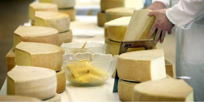 Schweizer Essen Weiterhin Gerne Käse Und Am Liebsten Frischkäse