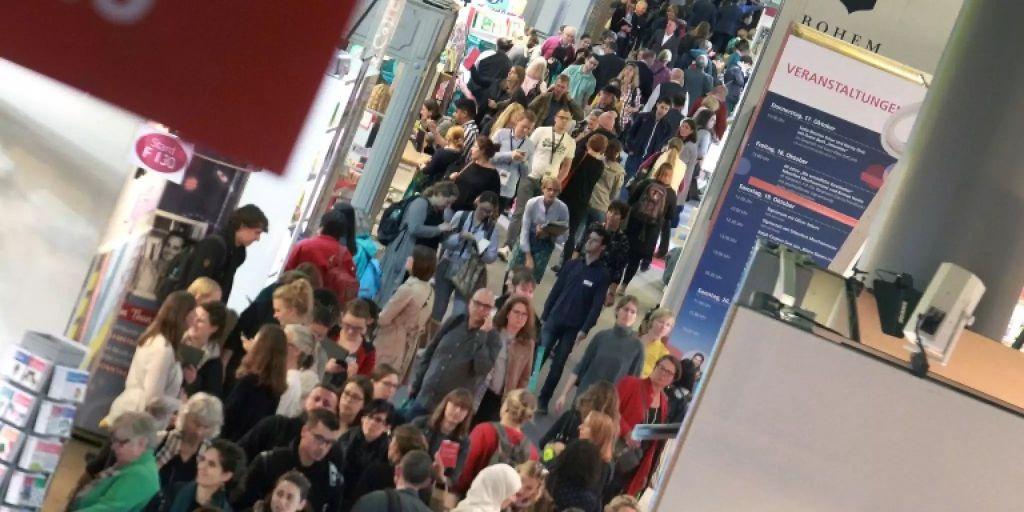 Frankfurter Buchmesse will im Oktober wieder Verlage und ...